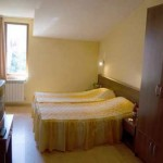 Donchev Hotel, Bansko, Bulgaria - twin bedroom