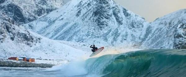 Snowboard surfing