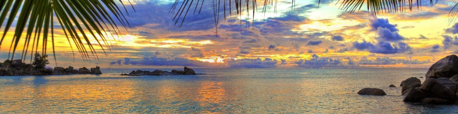 Sunny beach sunset